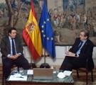 Diálogo del Secretario General del CLAD con Víctor Francos Díaz